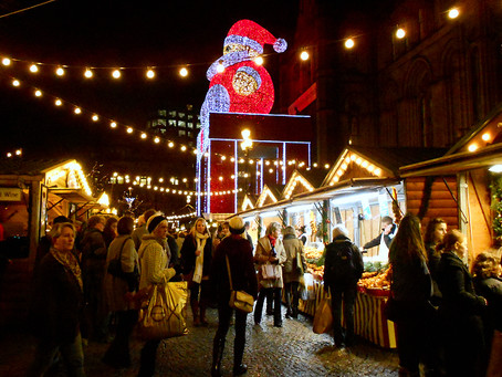 Why Not Include a Visit to the Llandudno Christmas Fayre as part of your North Wales Tour?