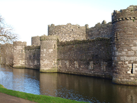Why Not Include a Trip to Beaumaris Castle this Christmas as Part of a Snowdonia Tour?