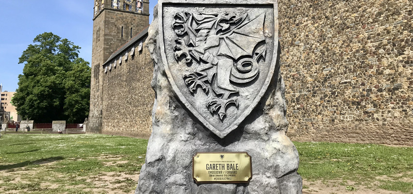 Welsh Dragon monoliths have been installed across 26 historical sites across Wales to represent each player selected for the Welsh football team who are competing in this year's European Football Championships!