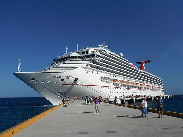 cruise-2140869_960_720.jpg