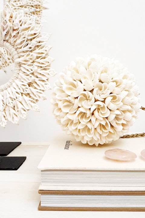 Boule Coquillage Flower Blanche Grand Modèle