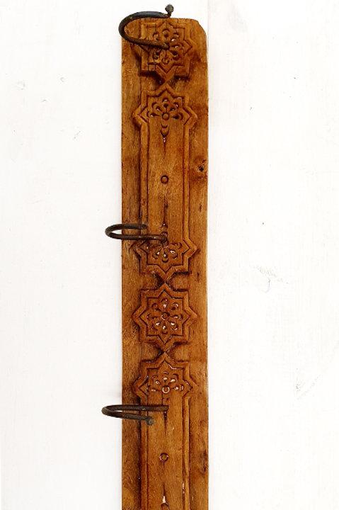 Patère Sculpté Indienne N.23 - Bois Ancien