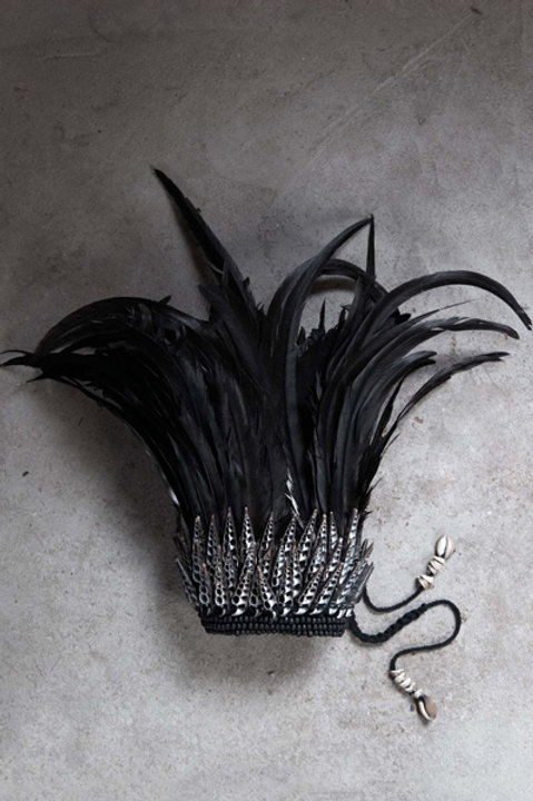 Couronne Plume Black - Black White