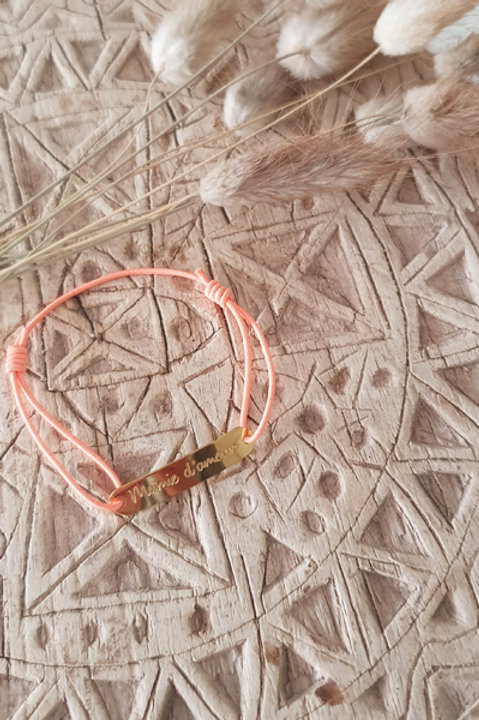 """Bracelet Médaille """"Mamie"""" Cordon Corail"""