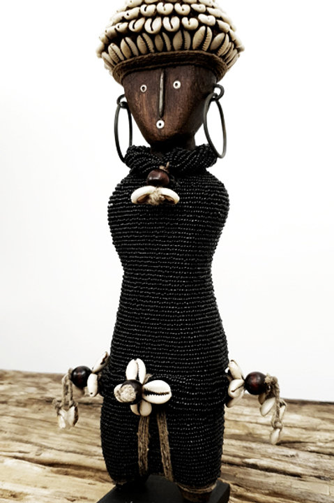 Poupée Namji - Cauris - Black