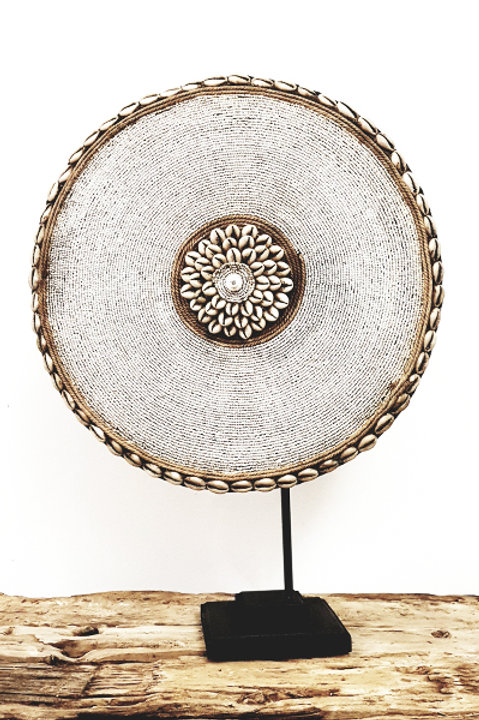 Bouclier African Perles Coquillages Blanc - 30cm