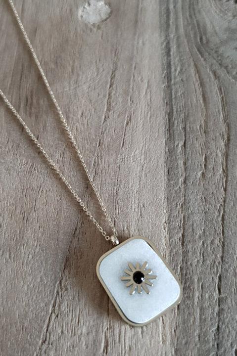 Collier Pendentif Carré Howlite Blanc