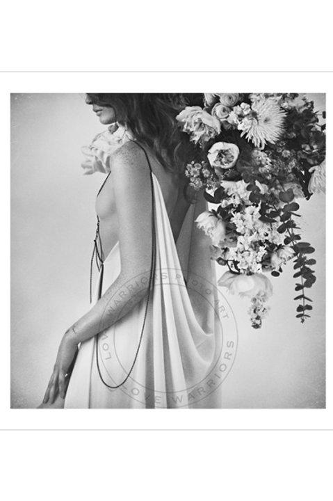 Women Romantic Flower - Black White