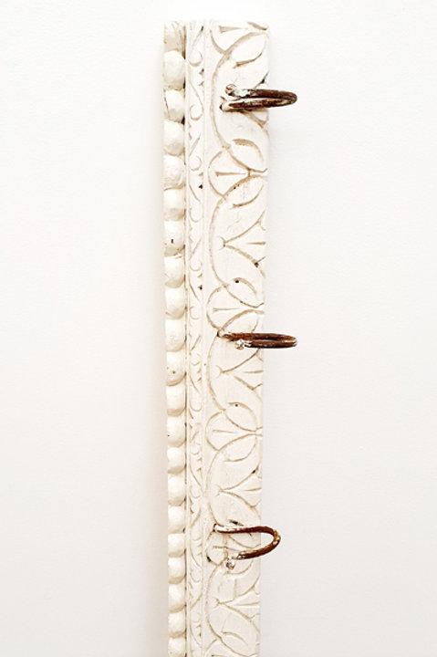 Patère Sculpté Indienne N.1 - Bois Bleach