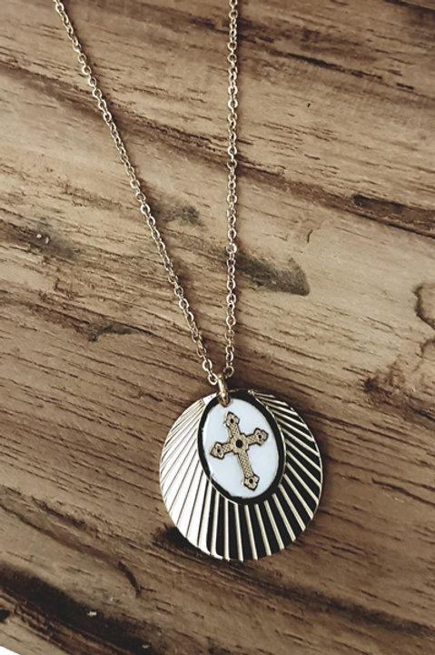 Collier Pampille Médaille Croix Blanc