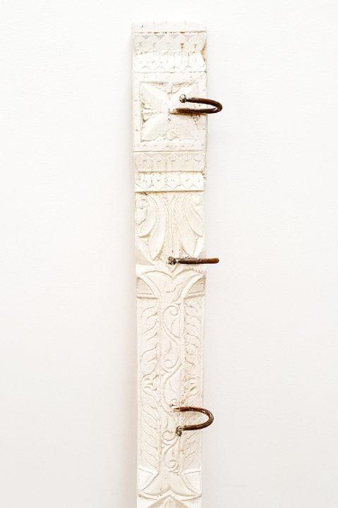 Patère Sculpté Indienne N.2 - Bois Bleach