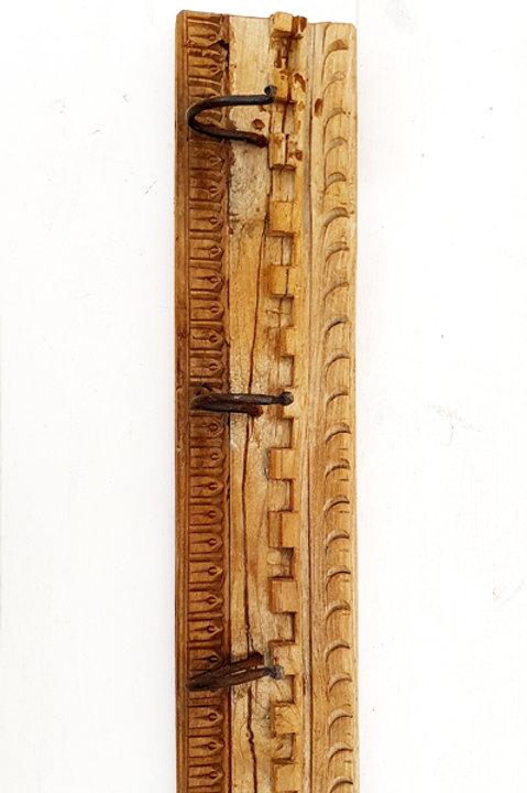 Patère Sculpté Indienne N.12 - Bois Ancien
