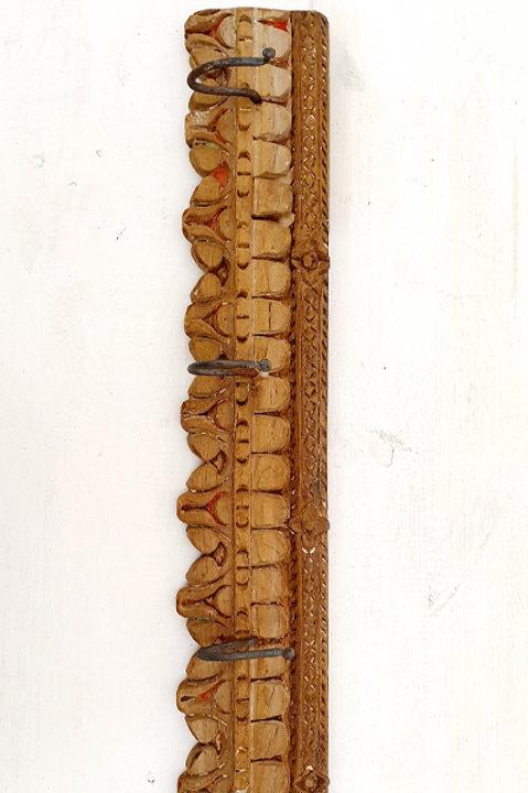 Patère Sculpté Indienne N.16 - Bois Ancien