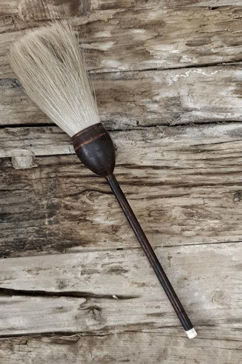 Ancien Pinceau en Bois Foncé