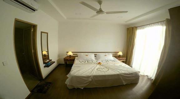 Dhiffushi White Sand Beach Hotel (27).jp