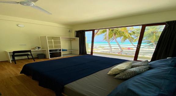 Beach House Dhiffushi (31).jpg