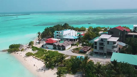 Video of Dhiffushi from our partners Holiday Deluxe