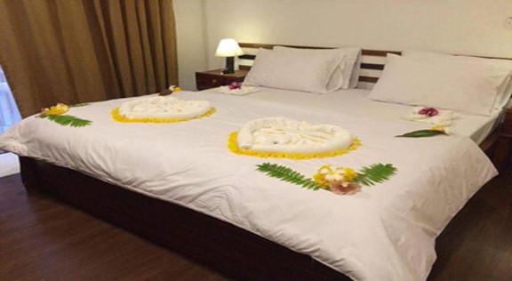 Dhiffushi White Sand Beach Hotel (33).jp