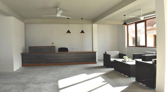 Beach House Dhiffushi (43).jpg