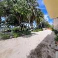 Beach House Dhiffushi (17).jpg