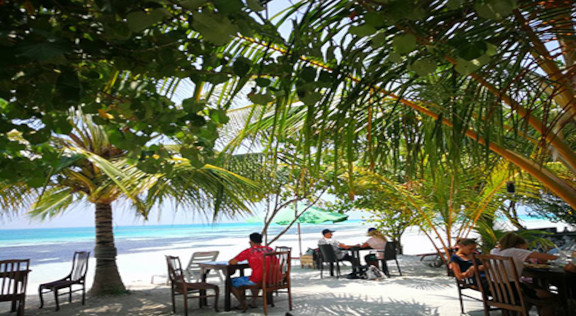 The Crown Beach Hotel Maldives (22).jpg
