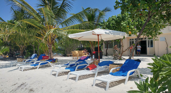 The Crown Beach Hotel Maldives (116).jpg