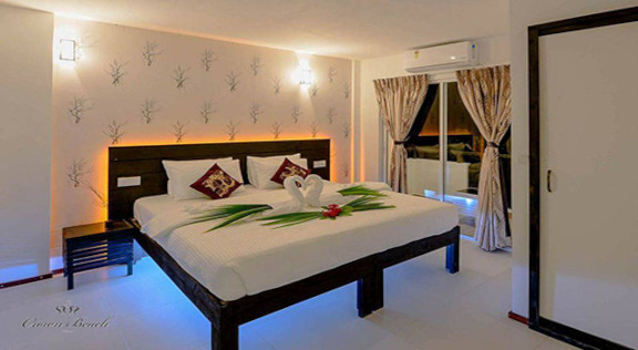 The Crown Beach Hotel Maldives (12).jpg