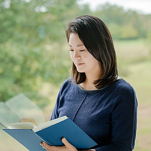 Dr Ji Na Young
