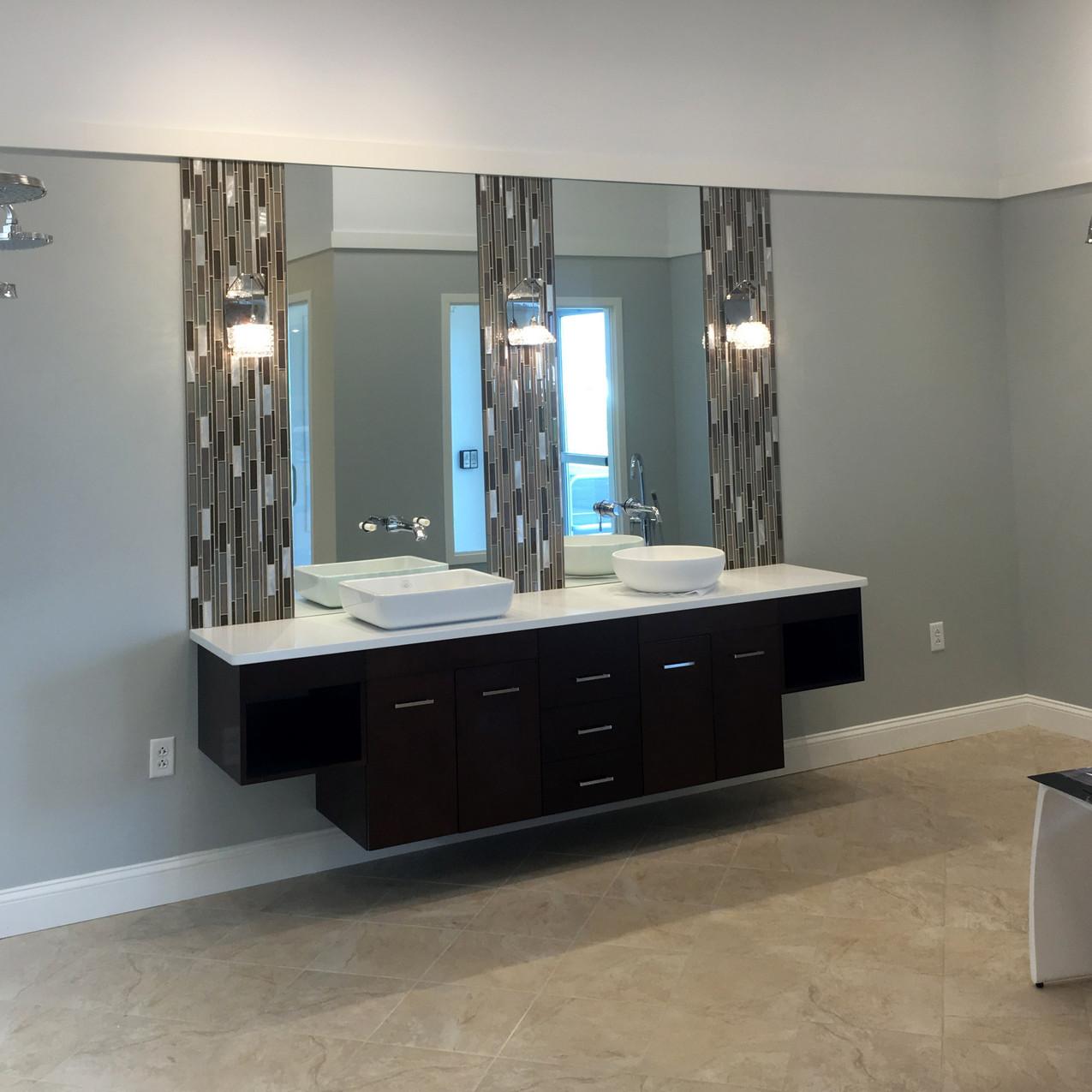 Bath display