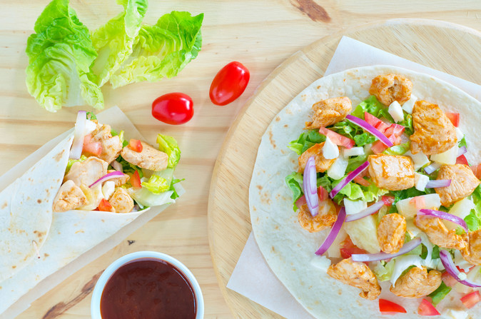 _Doux-Fitlife-Hawaian-BBQ-Chicken-Wraps-TOP-VIEW-Aout-2017.jpg