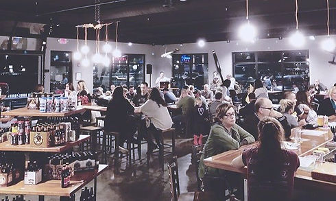 Packed house for our first night of trivia! Eats by #JBsmobilemunchies and TASTY PRIZES!_edited.jpg
