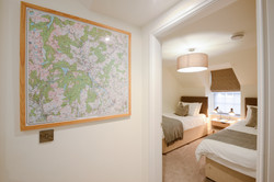 Hall to Upper Bedroom