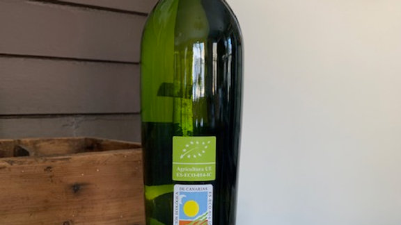 Los Bermejos Diego Secco, complex white from Canary Islands, Spain