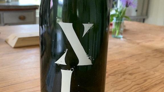 XL Partida Creus White Pet Nat from Xarel-lo grapes, bright green apple/sea salt