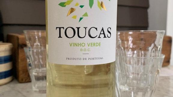 Toucas Vinho Verde - ahh, the ease of summer