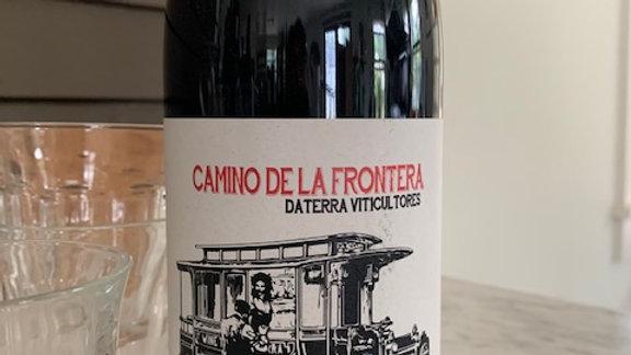 Laura Lorenzo/ Daterra Camino de la Frontera Tinto- so. completely. compelling.