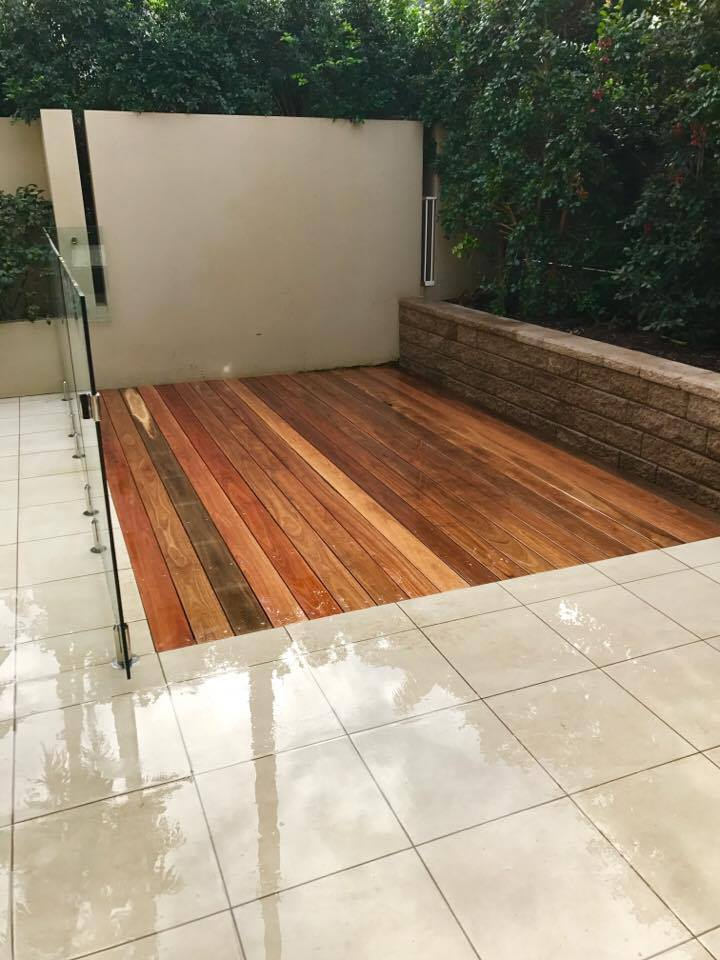 Decking to revitalise an outdoor living area