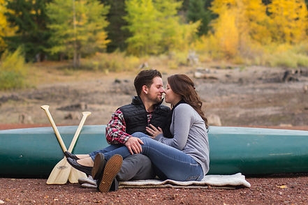 Engagment Pictures in Southern Oregon