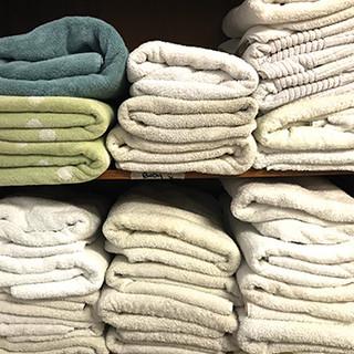 towels reg.jpg