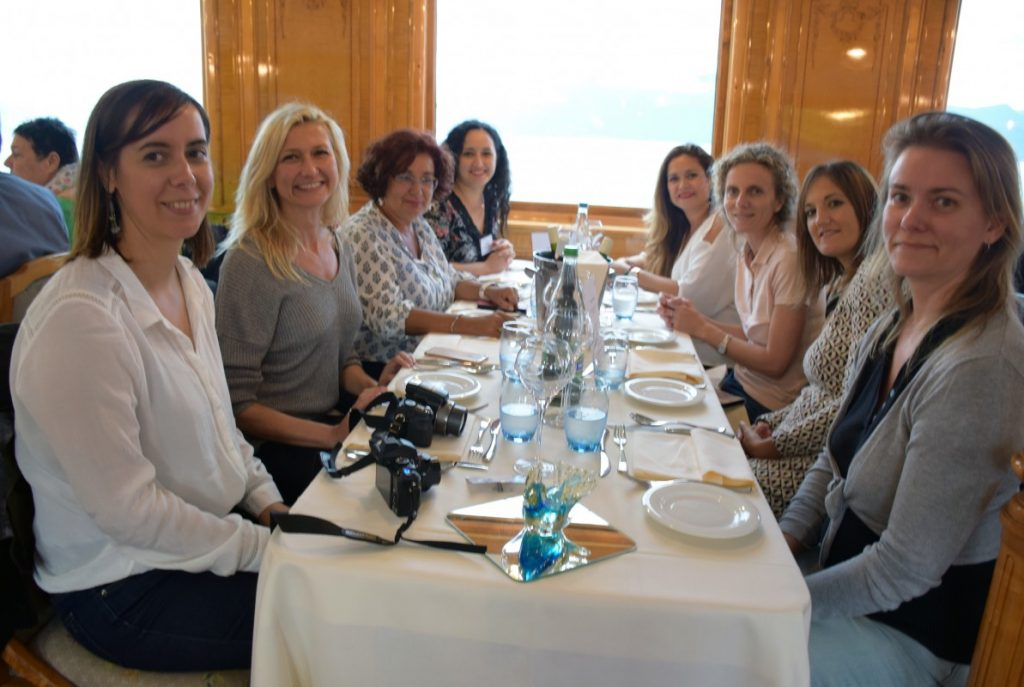 38-AIPMA_2016_Repas-4e-table-Morgane-Thorel_Olga-Gago-Muniz_Carmen-Guiral-Pelegrin_Kenza-Zinai_Layla