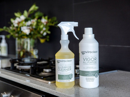 My honest review of EnviroClean Plant Based All Purpose Cleaner