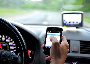 mobile phone while driving.jpg