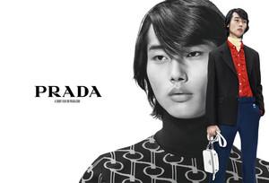 Prada-Spring-2019-Ad-Campaign-Tom-Lorenz