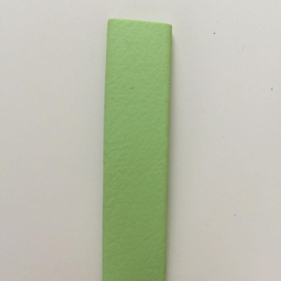 12-pastellgrün