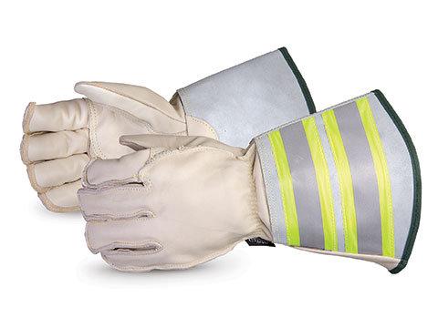 "Endura® Deluxe Winter Lineman Gloves, 6"" Reflective Gauntlet Cuff"
