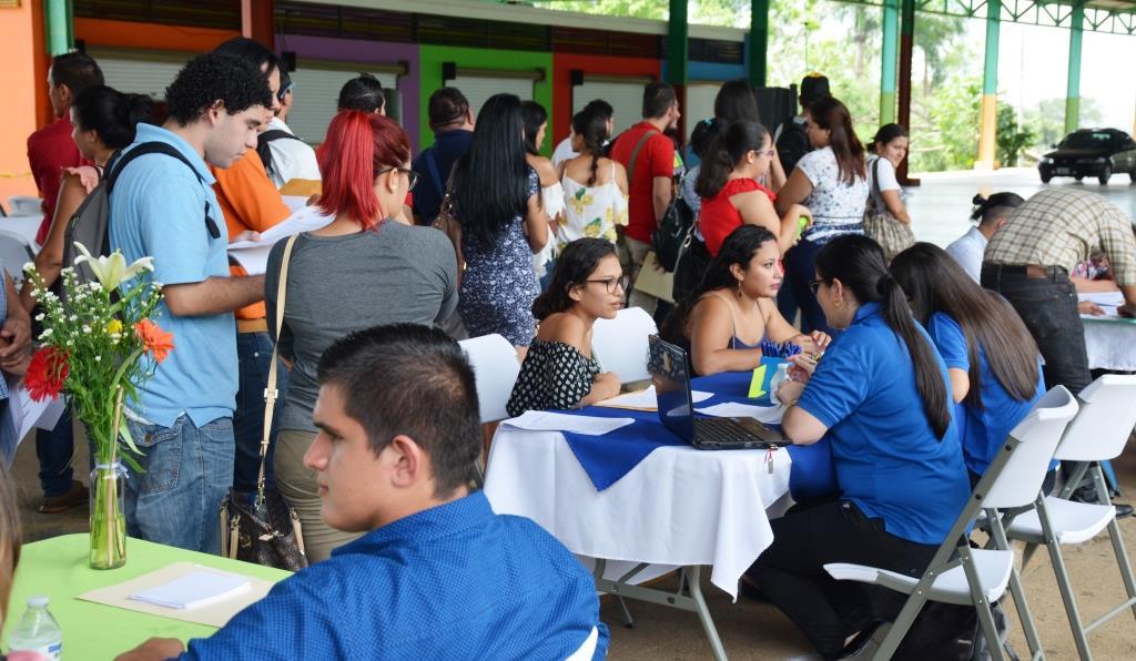 Feria empleo 010