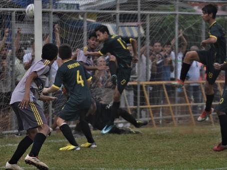 Esparza golpea primero (4-1) y complica a Orotina en semifinal de fútbol