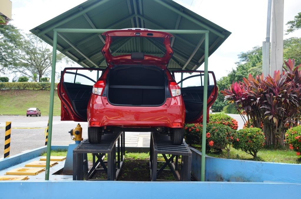 Auto 035