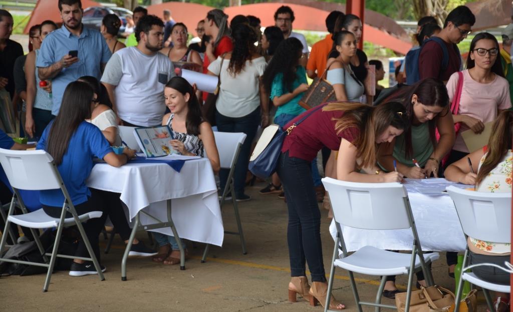 Feria empleo 021