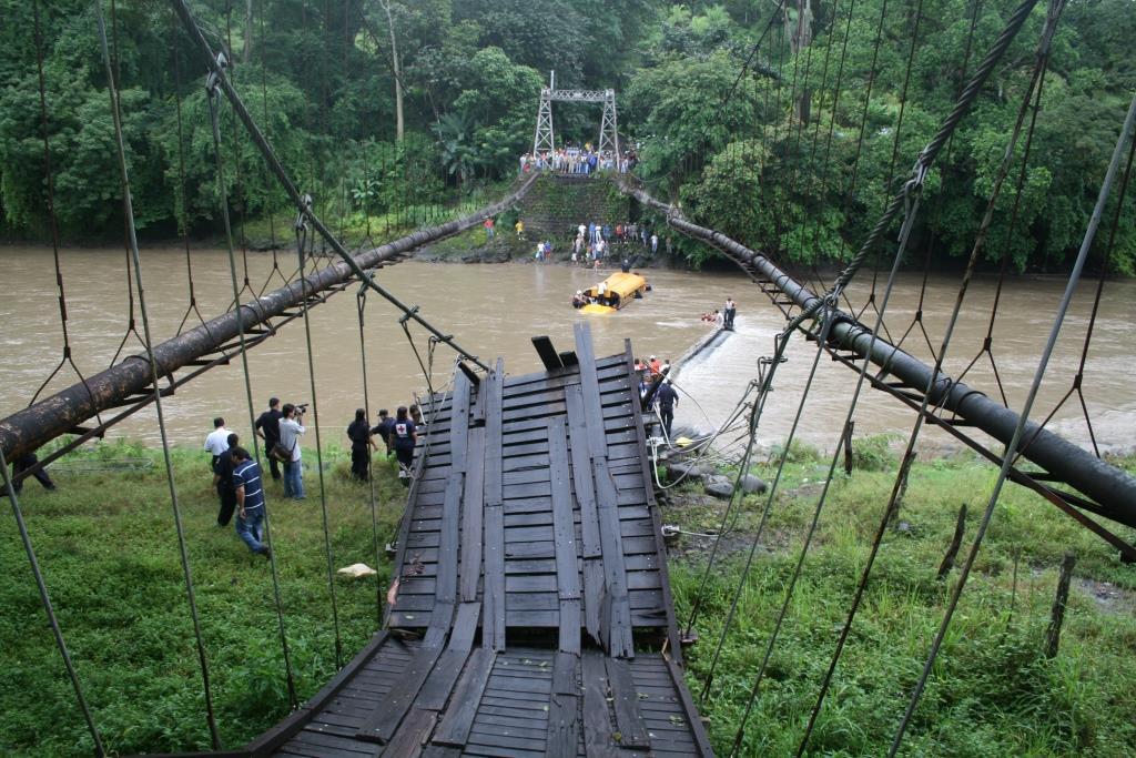 Accidente Puente 057